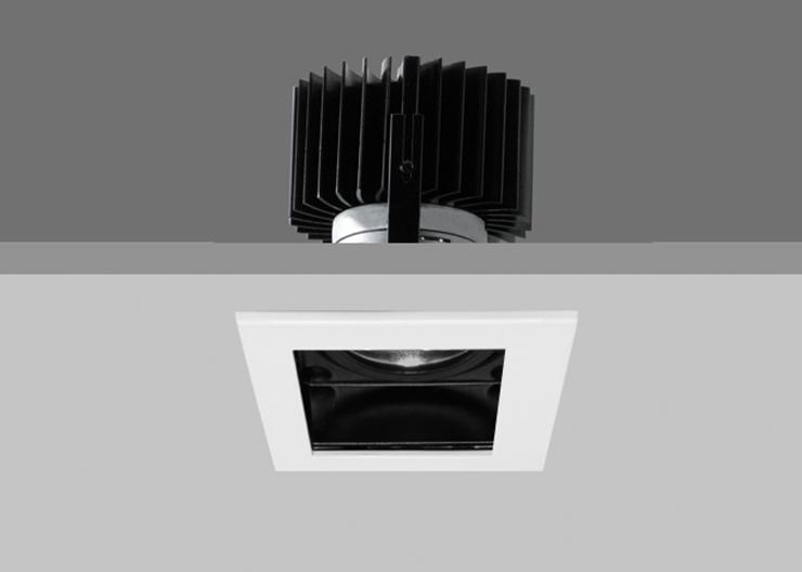 Quad X86 - White Trim / Black Interior